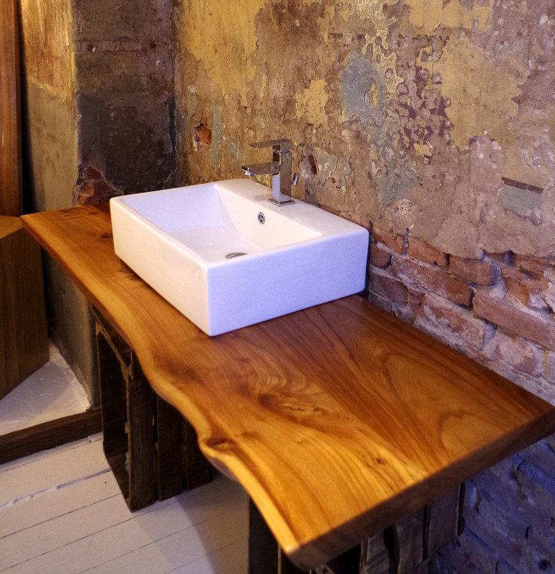 Waschtischplatte nach Maß aus Ulmenholz von den Edelwerkern aus ...